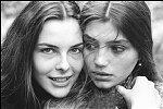 Carole Bouquet e Angela Molina, actrizes do filme de Buñuel 'Esse obscuro objecto de desejo'. Fotografia de Allan Tannenbaum, NY-1977